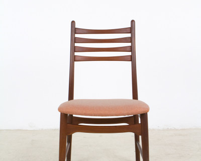 Single Danish Teak Chair with Coral Upholstery, 1960s