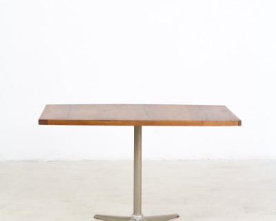 Restored Walnut Coffe Table with Metal Legs, 1970s