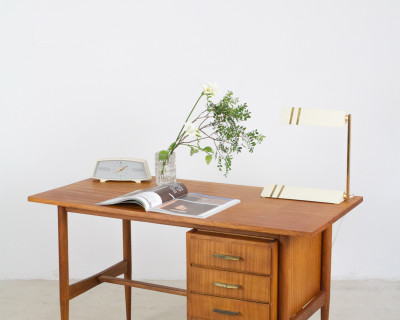 Restored Mid-Century Oak Desk, 1960s