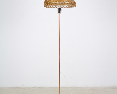 Lamp with Copper Legs and Woven Shade