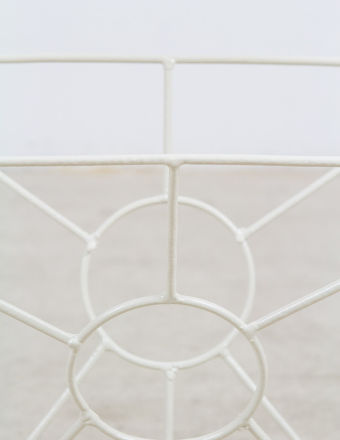 Beige_Geometric_Magazine_Rack -4
