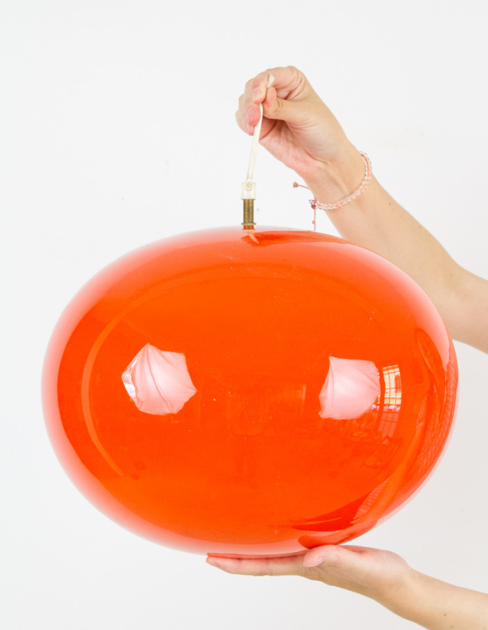 Large_Orange_Glass_Globe_Pendant_1960s -2