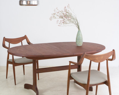 Perfectly Restored G-Plan Teakwood Extendable Dining Table