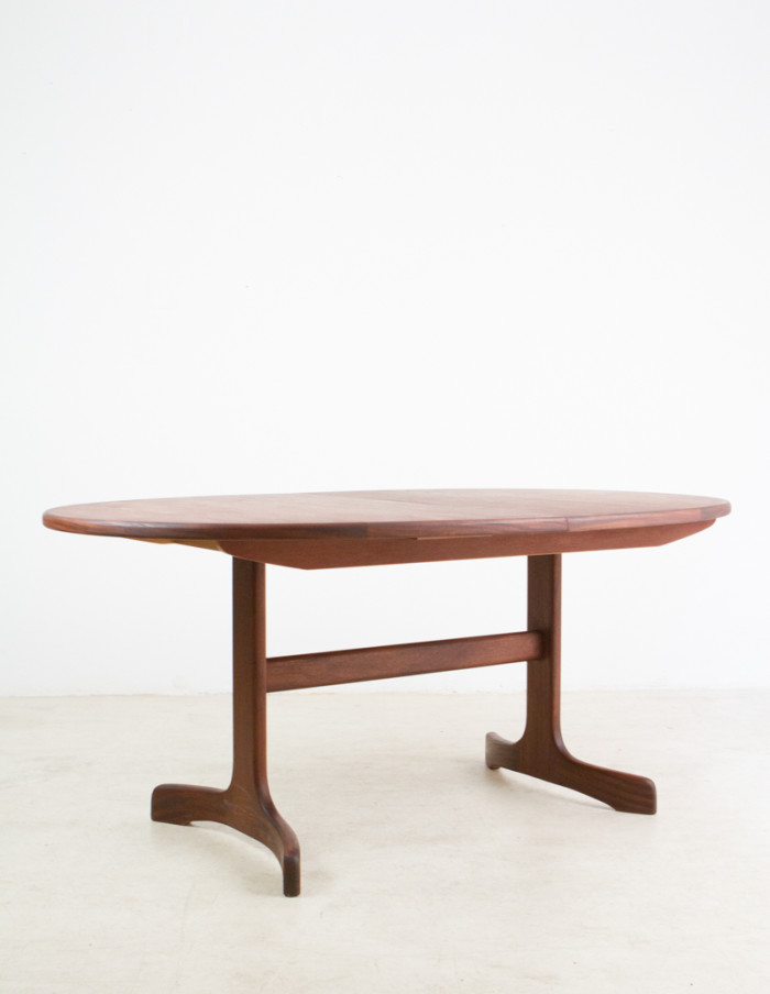 Perfectly_Restored_G-Plan_Teakwood_Extendable_Dining_Table -9
