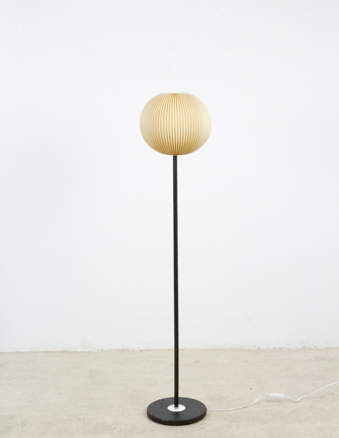 Pretty_Floor_Lamp_with_Original_Silk_Shade_1960s-1