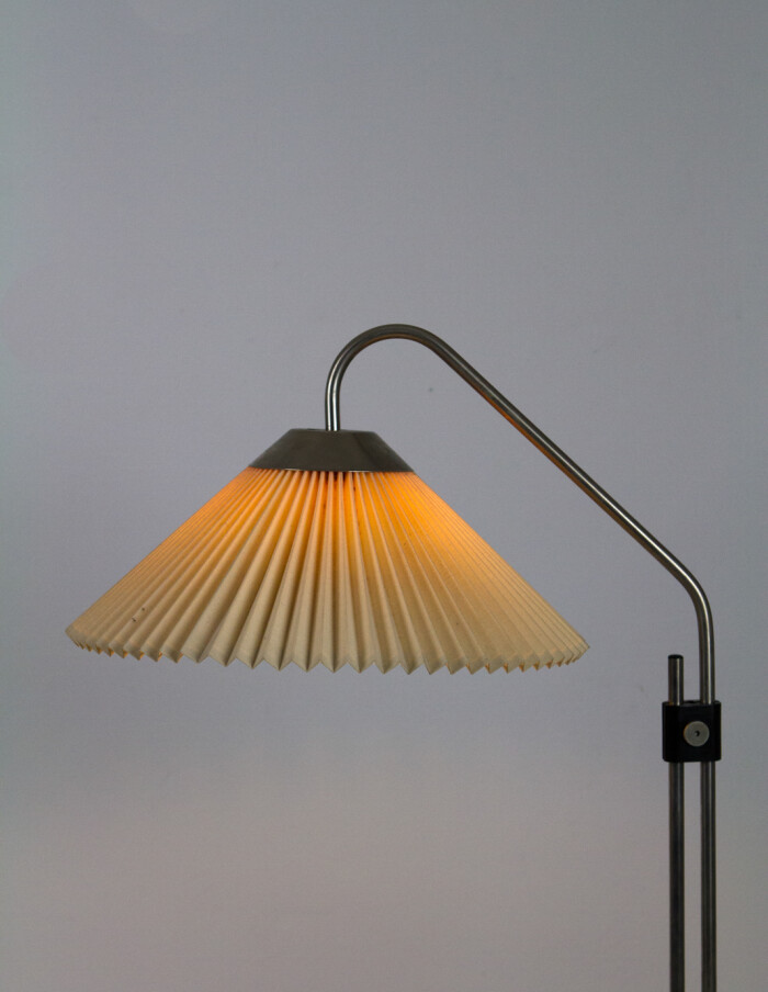 Black and Chrome Floor Lamp with Original Shade, 1950's -10
