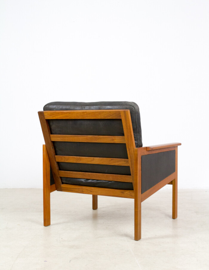 Set of Danish Teak Capella Lounge Chairs (2) and Coffee Table by Illum Wikkelso for Niels Eilersen, 1960's-18