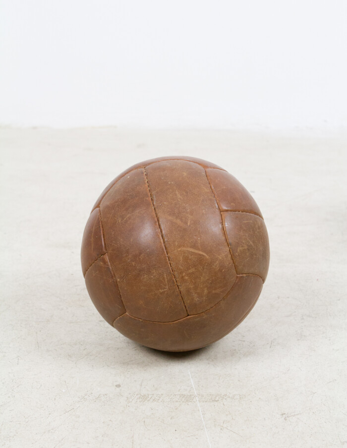Vintage Leather Ball -4