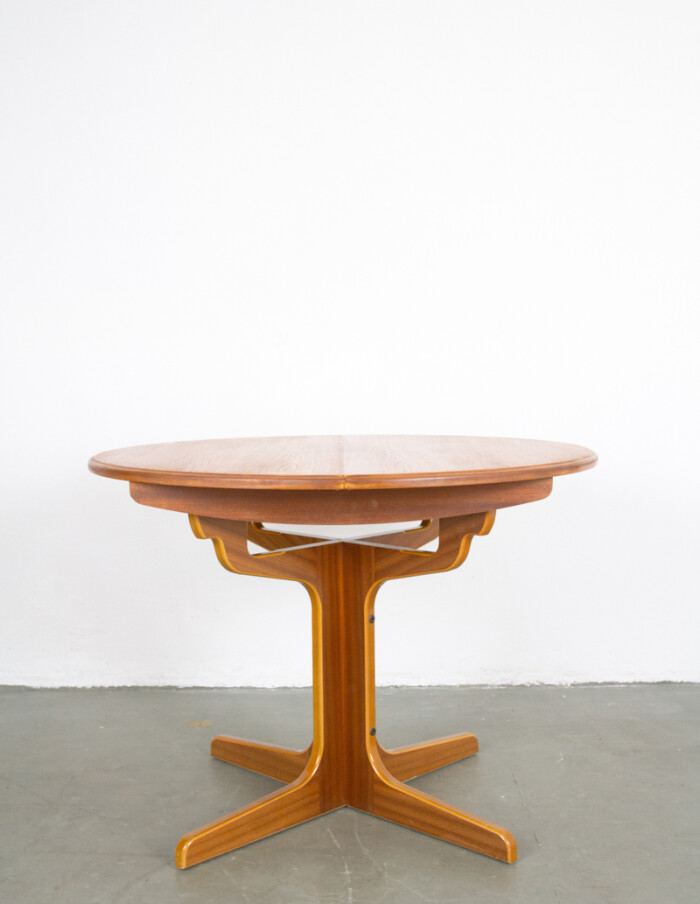 Restored Extendable Round Table-1
