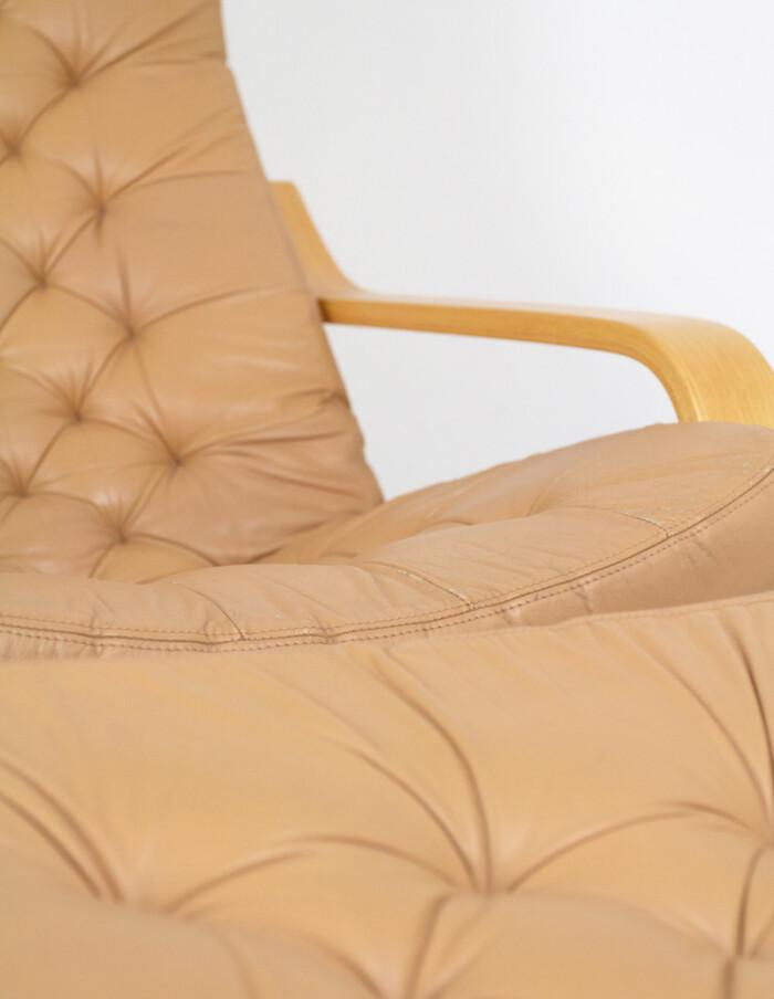 Set of 3 Original Leather Poem Lounge Chairs & Footrest by Noboru Nakamura, 1970s-8