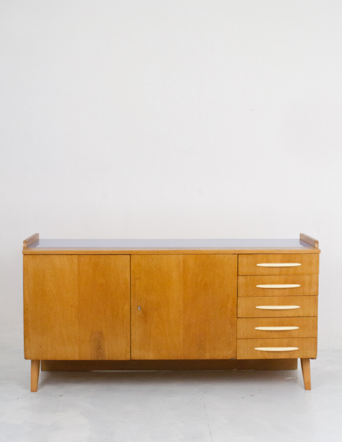 Large Restored Tatra Sideboard with Bakelite Handles and Iceblue Glass Top-26