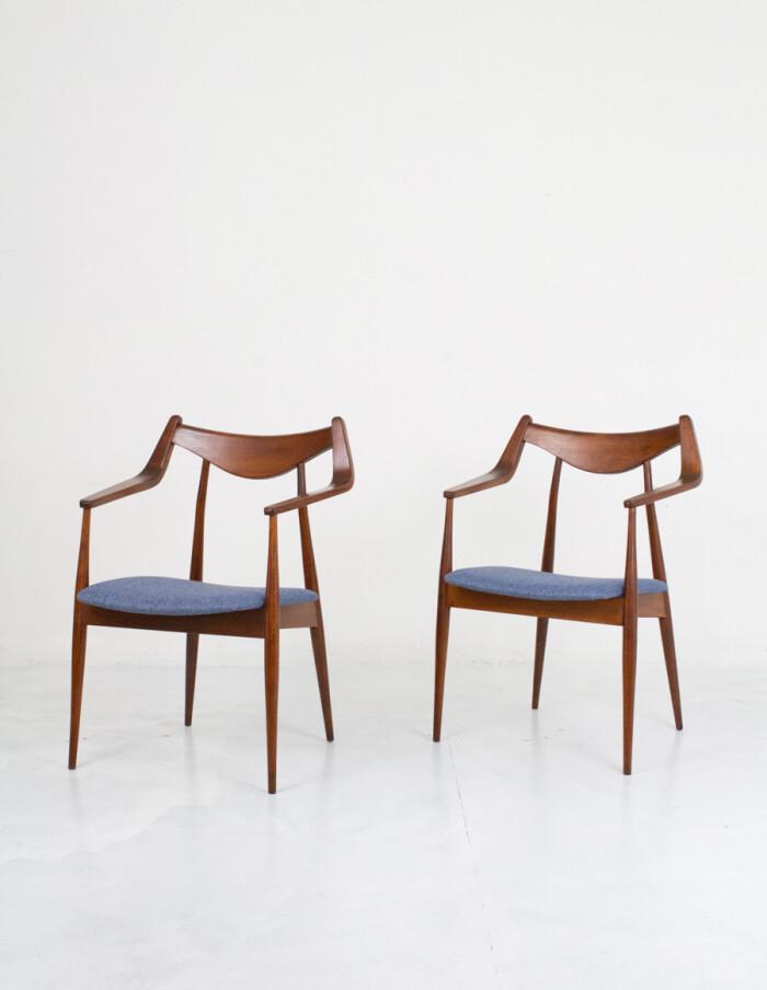 Perfectly Restored Armchair by Heczendorfer László-3