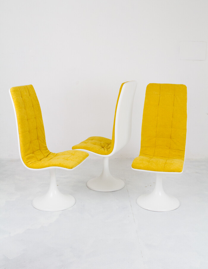 Space Age Design Seat by Péter Ghyczy-1