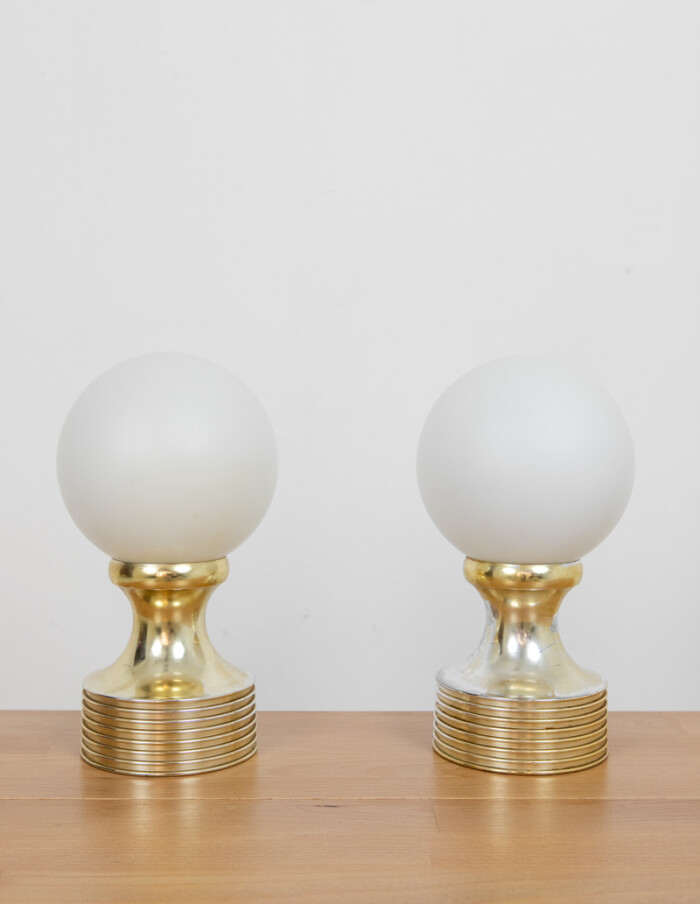 Beautiful Pair of Table Lamps with Milkglass Shade-1