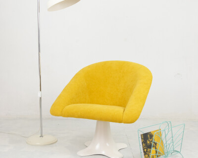 Space Age Spinning Chair with Stunning Yellow Upholstery, 1970's